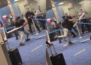 Pasajero agrede a golpes a personal de aerolínea tras exigirle usar cubrebocas
