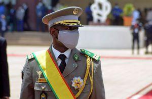 Intentaron asesinar al presidente de Malí durante una celebración