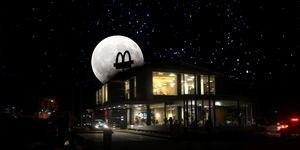 McDonald's participa de la Hora del Planeta 2021 apagando las luces de sus restaurantes