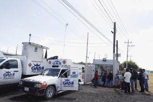 Vigilarán cobro de comisiones por distribución de gas LP en Puebla