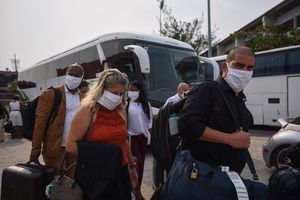 Cubagate, médicos cubanos que atendieron Covid en México carecen de licencia