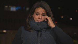"""Reportera de CNN """"rompe en llanto"""" mientras narra recorrido en hospitales de EE.UU."""