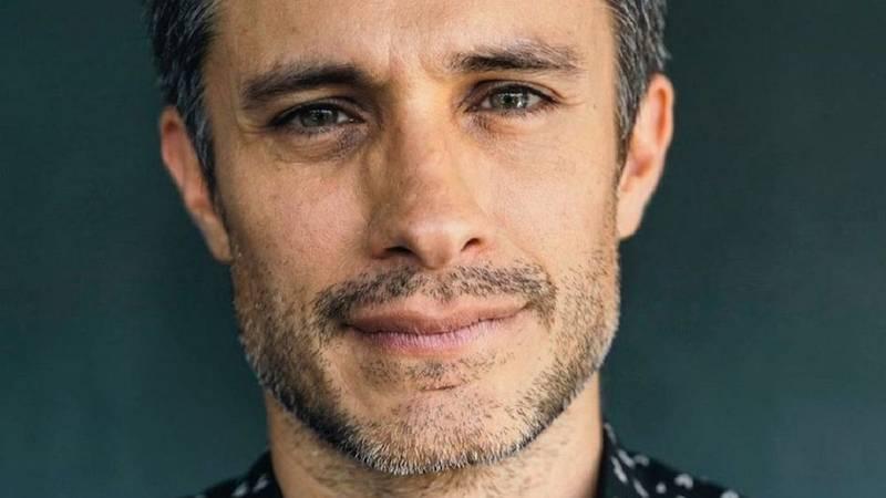 """Estos son los detalles de """"Old"""", el nuevo thriller que protagonizará Gael García Bernal en Hollywood"""