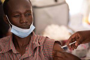 Coronavirus: países ricos vacunan a 1 persona por segundo, ¿qué pasa en los pobres?