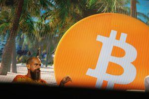 """CEO de Twitter considera que Bitcoin """"unirá al mundo""""… ¿de verdad?"""