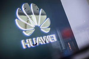 Huawei debería mejor enfocarse en negocios de software, dice su fundador