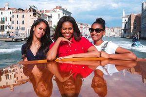 FOTO: así de grandes y cambiadas están las hijas de Michelle y Barack Obama