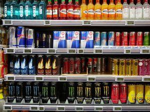 """Estudio detalla tres componentes en las bebidas energéticas que causan """"graves problemas al corazón"""""""