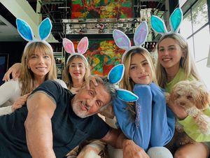 Conoce a las hijas de Sylvester Stallone que están arrasando en las alfombras rojas