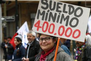 Sueldo mínimo de 400 mil pesos: la propuesta de la CUT a días del fin de la vigencia del actual salario base