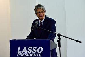 Lasso anunció acercamiento con Rusia para la adquisición de más vacunas