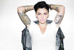 Tatuajes para mujeres: 5 ideas minimalistas para las mujeres más fuertes y poderosas