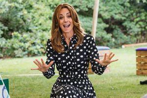 Kate Middleton posa con un vestido camisero ideal para el verano desde su hermoso jardín