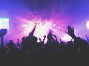 Los requisitos para ingresar a las discotecas, bares y karaokes en Quito