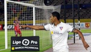 'Choclo' Quintero lanzó puñetazo a un hincha tras el partido ante Técnico Universitario