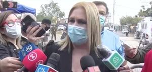 Pamela Jiles llega a votar con incendiario mensaje de apoyo a Pablo Maltés