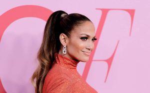 Cortes de cabello modernos que lucen mejor en las mujeres de 50 años