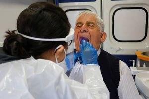 OMS incluye dos nuevos síntomas graves del COVID-19