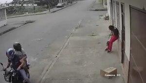 Mujer fue apuñalada por sujeto que intentó robarle su celular en Los Ríos