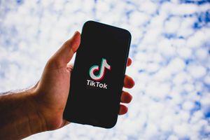 Niña fallece tras participar en peligroso reto de TikTok