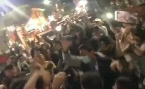 Captan fiesta masiva en Baños de Agua Santa; aglomeraciones y sin uso de mascarilla