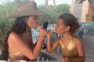 5 fotos que muestran la perfecta relación madre e hija de Kim Kardashian con North West