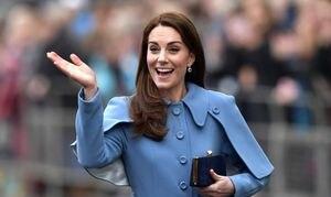 Kate Middleton compartió el momento más tierno con una niña vestida de princesa